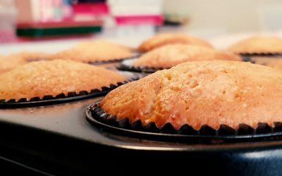 Muffins med coffeecurd-fyllning